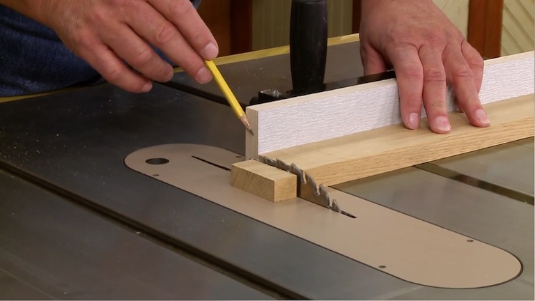 part 1 auxiliary miter gauge fence