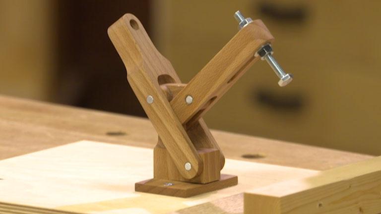 Shop-Made Toggle Clamp