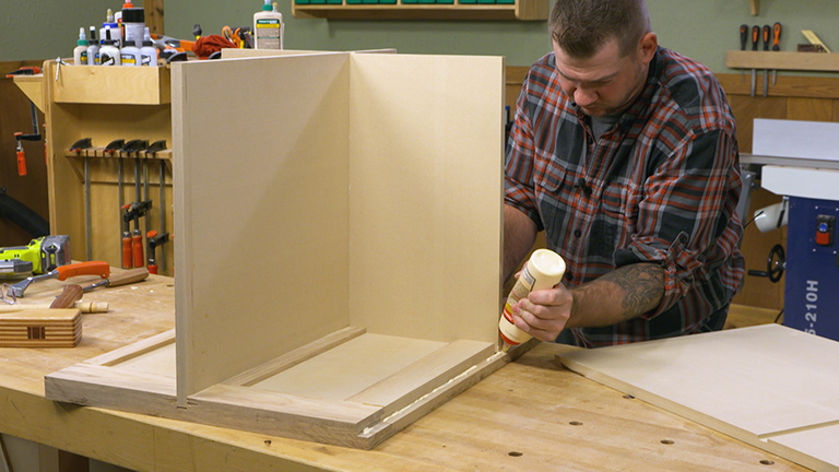Table Saw Cart: Assembly